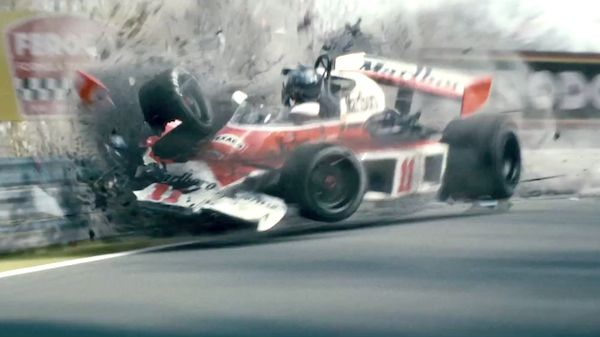 Ron Howard's 'Rush' features white-knuckle race scenes.