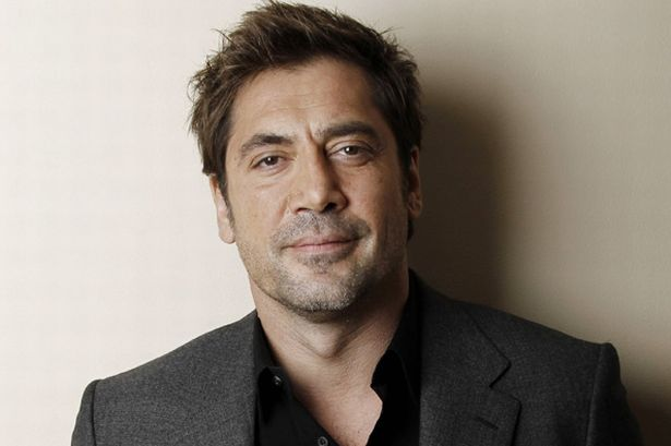 The 49-year old son of father Carlos Encinas and mother Pilar Bardem, 183 cm tall Javier Bardem in 2018 photo