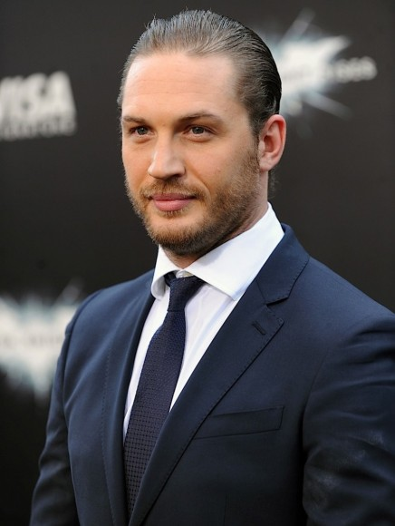 hot-guy-of-the-day2012-07-16_23-49-40tom-hardy-852x1280
