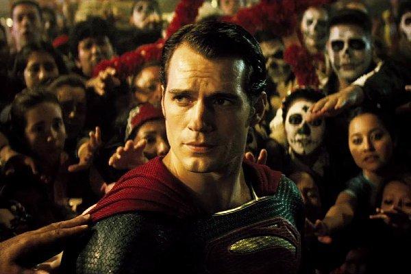 batman-v-superman-dawn-of-justice-official-released