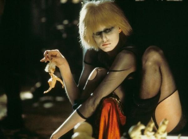 Mackenzie Davis joins the cast of Blade Runner 2