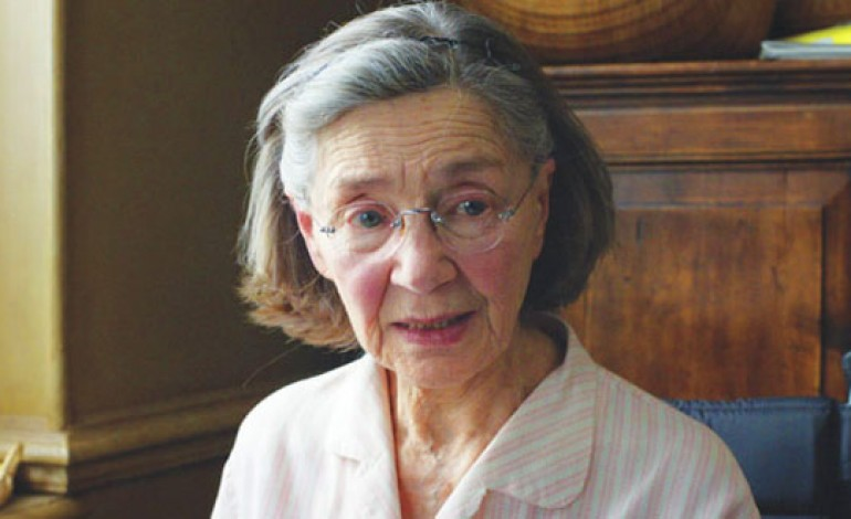 Emmanuelle Riva, Oscar-Nominated French Actress Dead at 89