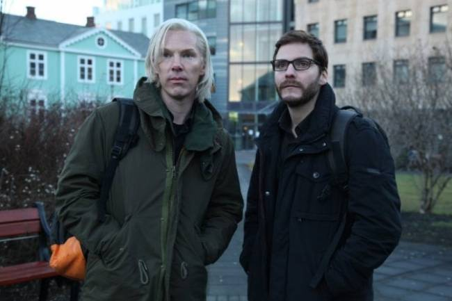 Benedcit Cumberbatch and Daniel Bruhl in 'The Fifth Estate'