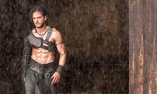 Kit Harrington plays the male lead in 'Pompeii'