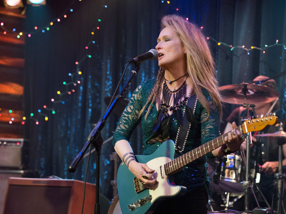 First Look at Meryl Streep as a Rocker in 'Ricki and the Flash'