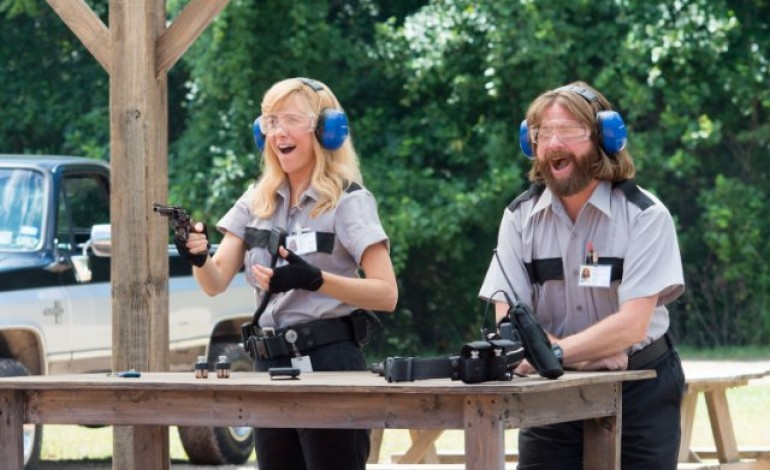 Watch Zach Galifianakis and Kristen Wiig Plan a Robbery in 'Masterminds' Trailer