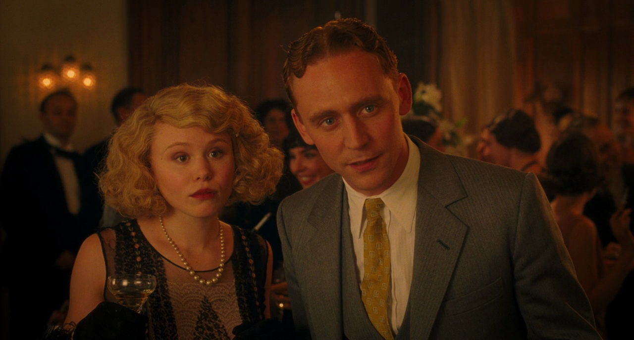 Tom Hiddleston and Alison Pill as F. Scott and Zelda Fitzgerald in Midnight in Paris