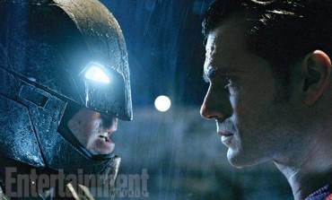 New Photos Surface From 'Batman v Superman'