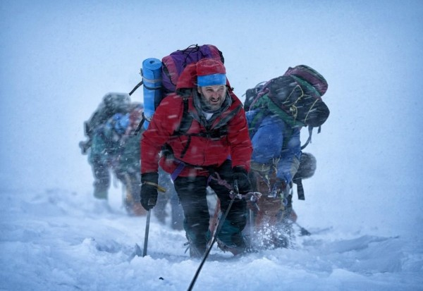 Jason-Clarke-in-Everest