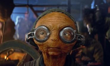 Rian Johnson Reveals New Set Photo For 'Star Wars Episode VIII'