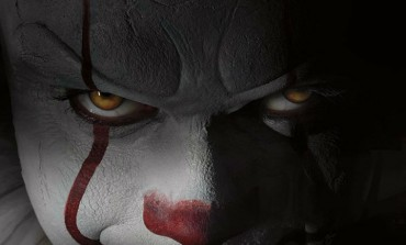 Pennywise the Clown's Full Costume Revealed For Stephen King's 'It'