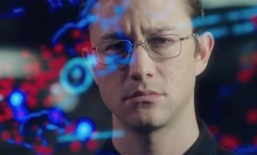 'Snowden' v. 'Sully' – Biopics Take Flight