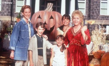 Cast of 'Halloweentown' Remembers Debbie Reynolds