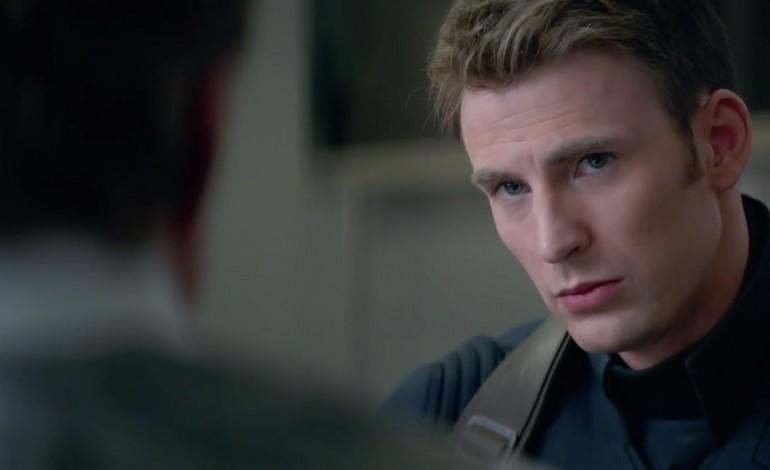 Chris Evans to Headline Spy Drama 'Red Sea Diving Resort'