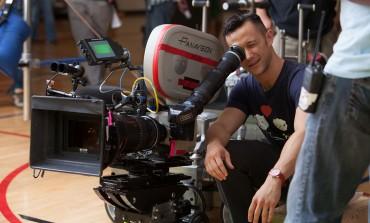 Joseph Gordon-Levitt May Direct R-Rated Comedy-Musical 'Wingmen'