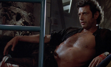 Jeff Goldblum Finds His Way Into 'Jurassic World' Sequel
