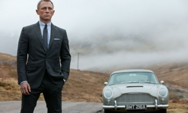 Daniel Craig Confirms His Return for 'Bond 25'