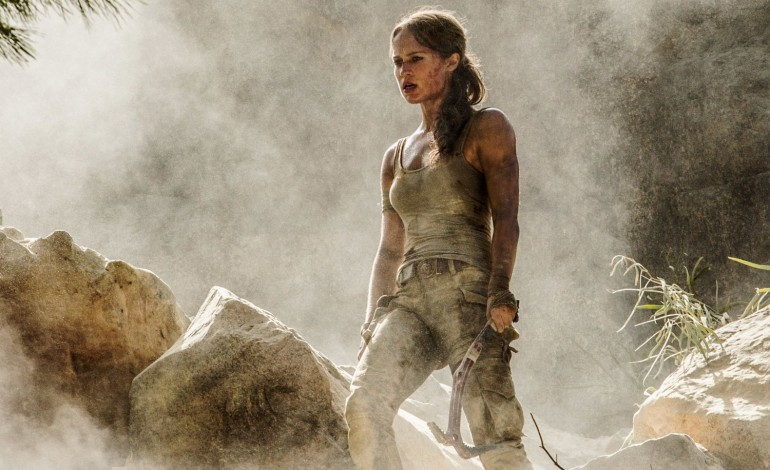 Tomb Raider Trailer Compared to Video Game Scenes in New Video