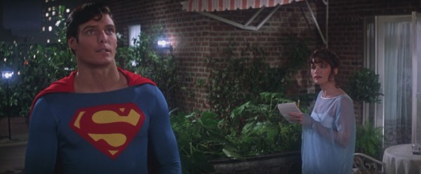 superman-1978-movie-christopher-reeve-as-superman-and-margot-kidder-as-lois-lane-on-balcony