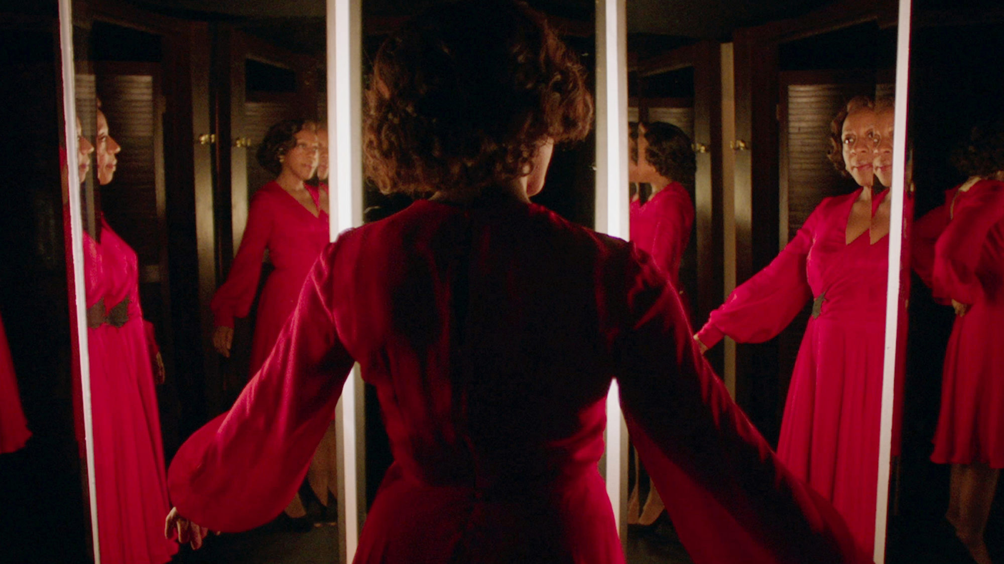 Movie Review - 'In Fabric' - mxdwn Movies